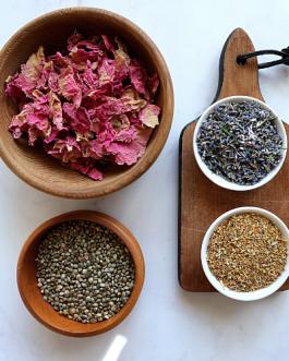 Relaksujące ziołowo-konopne stemple do masażu