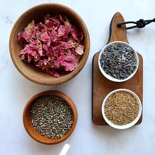 Herba Sfero Produkty dla ciała i duszy  relaksujące stemple